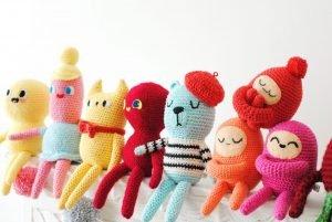 Tiny Curl Crochet Family
