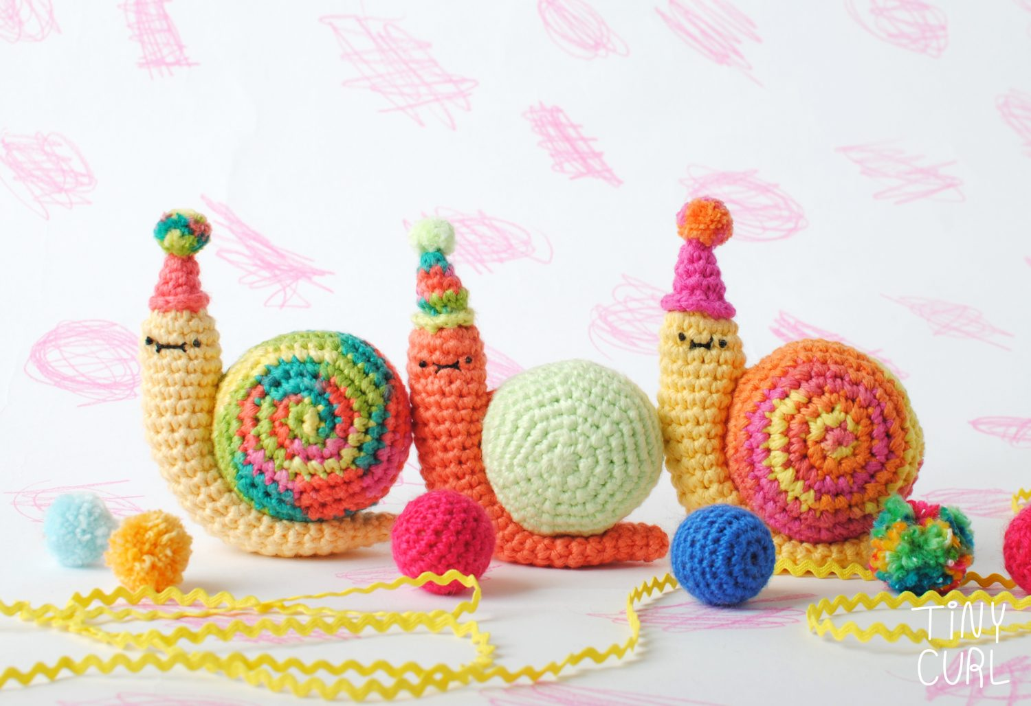 Party Snail Amigurumi Crochet Pattern