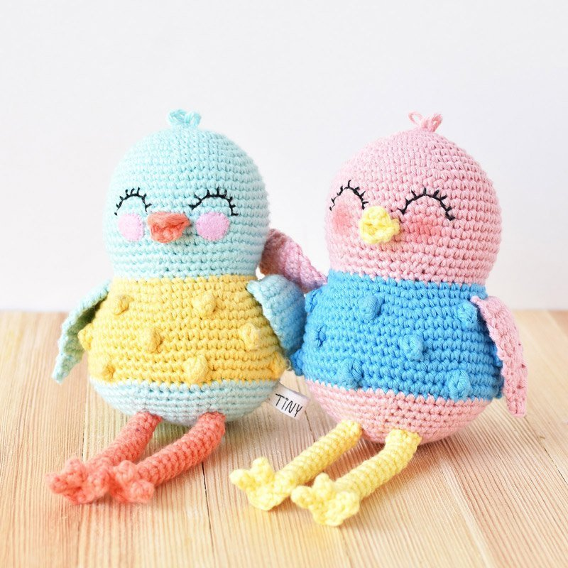 sweet bird crochet pattern by tiny curl crochet