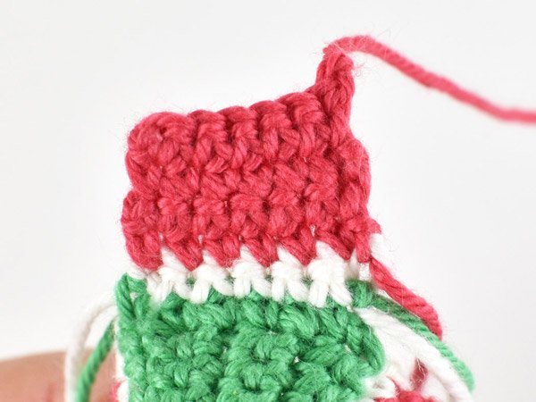 Bottom panel of crochet watermelon hat for doll.